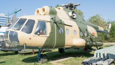 05 - Mil Mi-8PS Hip - Romania - Air Force