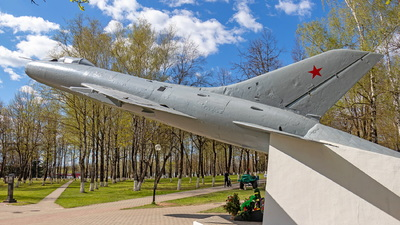 04 - Sukhoi Su-9 - Soviet Union - Air Force