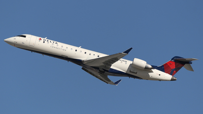N614SK - Bombardier CRJ-701 - Delta Connection (SkyWest Airlines)