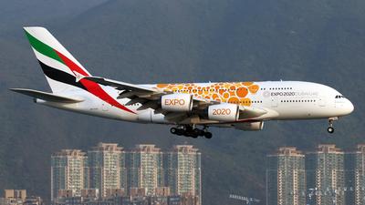 A6-EOV - Airbus A380-861 - Emirates