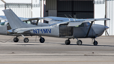 N71MV - Cessna U206F Stationair - Private