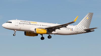 A picture of ECMBT - Airbus A320232 - Vueling - © Rodrigo Train