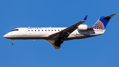 N471ZW - Bombardier CRJ-200ER - United Express (Air Wisconsin)