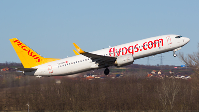 A picture of TCCPI - Boeing 73782R - Pegasus Airlines - © Gergely Molnár