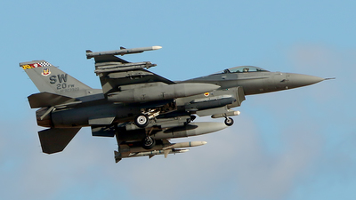 92-3920 - Lockheed Martin F-16C Fighting Falcon - United States - US Air Force (USAF)