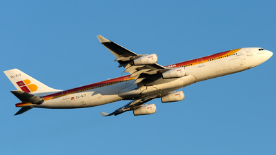 A picture of ECGJT - Airbus A340313 - [0145] - © Piotr Persona