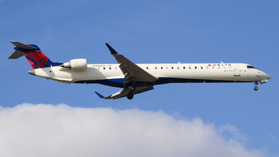A picture of N485PX - Mitsubishi CRJ900LR - Delta Air Lines - © Jake Sevigny - kmht.jake