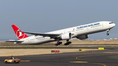 A picture of TCJJI - Boeing 7773F2(ER) - Turkish Airlines - © Eren Erol