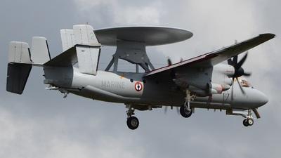 2 - Grumman E-2C+ Hawkeye 2000 - France - Navy