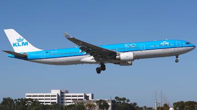 PH-AKF - Airbus A330-303 - KLM Royal Dutch Airlines