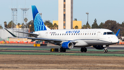 A picture of N608UX - Embraer E175LL - United Airlines - © Brandon Ravelo