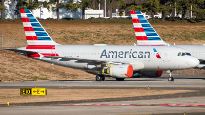 A picture of N756US - Airbus A319112 - American Airlines - © Devin R
