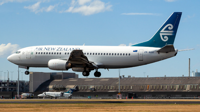 ZK-NGG - Boeing 737-319 - Air New Zealand