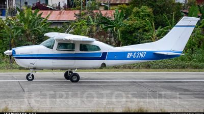 RP-C2107 - Cessna 210L Centurion II - Private