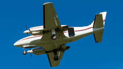 VH-OIH - Piper PA-31-350 Chieftain - Private