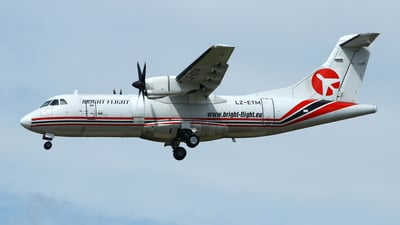 LZ-ETM - ATR 42-300(F) - Bright-Flight
