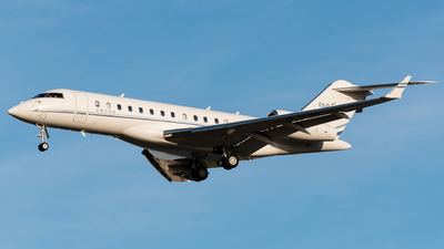 B-8195 - Bombardier BD-700-1A10 Global 6000 - Yalian Business Jet