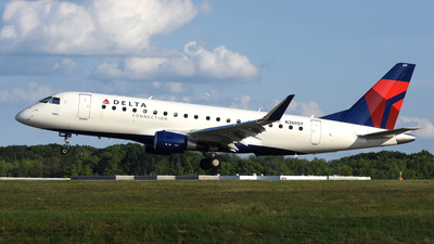 N269SY - Embraer 170-200LR - Delta Connection (SkyWest Airlines)