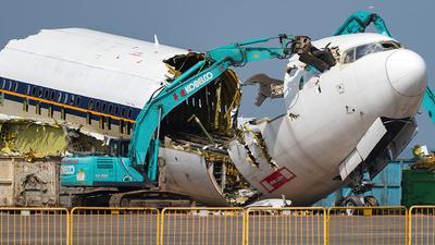 9V-SQJ - Boeing 777-212(ER) - Untitled