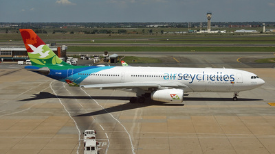 S7-ADB - Airbus A330-243 - Air Seychelles