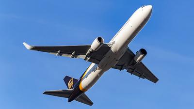 N343UP - Boeing 767-34AF(ER) - United Parcel Service (UPS)