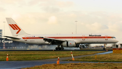 PH-AHI - Boeing 757-27B - Martinair