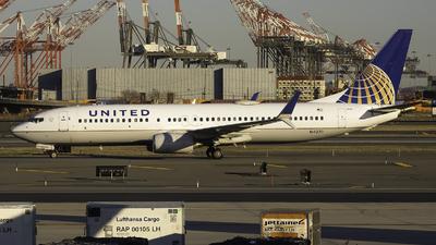 N14230 - Boeing 737-824 - United Airlines