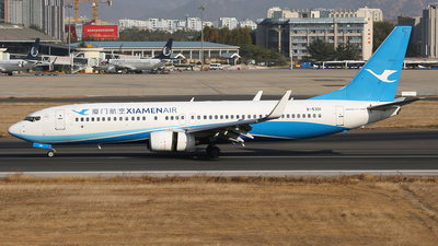 A picture of B5301 - Boeing 73785C - Xiamen Air - © SEN BAI