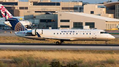 A picture of N904EV - Mitsubishi CRJ200LR - United Airlines - © Thomas Ernst