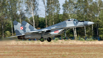 4113 - Mikoyan-Gurevich MiG-29G Fulcrum - Poland - Air Force
