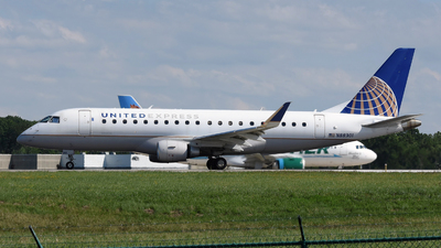 A picture of N88301 - Embraer E175LR - United Airlines - © DJ Reed - OPShots Photo Team