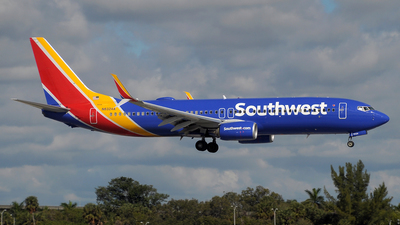 A picture of N8324A - Boeing 7378H4 - Southwest Airlines - © Paul Denton