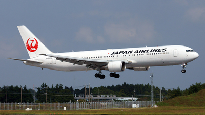 JA612J - Boeing 767-346(ER) - Japan Airlines (JAL)