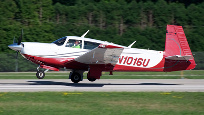 N1016U - Mooney M20K - Private