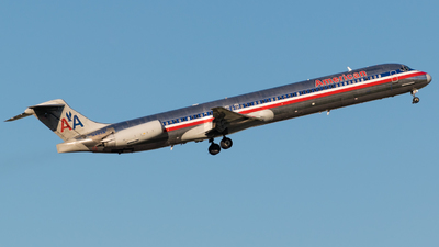 N483A - McDonnell Douglas MD-82 - American Airlines