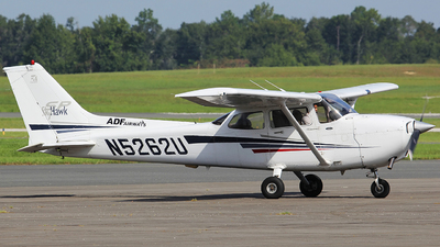 N5262U - Cessna 172S Skyhawk SP - ADF Airways