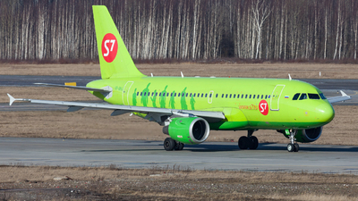 A picture of VPBHJ - Airbus A319114 - S7 Airlines - © Marianna Rychkovskaia