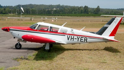 VH-YER - Piper PA-24-260 Comanche C - Private