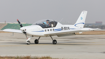 B-10QS - Sunward SA60L Aurora - Liaoning Ruixiang General Aviation