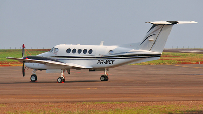 PR-MCF - Beechcraft B200 Super King Air - Private