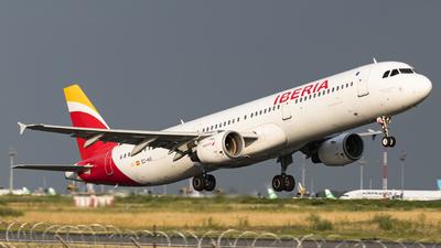 EC-HUI - Airbus A321-212 - Iberia