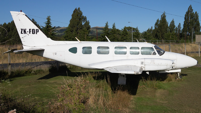ZK-FOP - Piper PA-31-350 Navajo Chieftain - Mainland Air