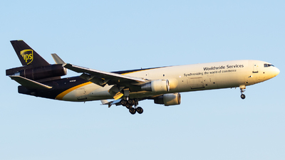 A picture of N283UP - McDonnell Douglas MD11F - UPS - © Evan Dougherty