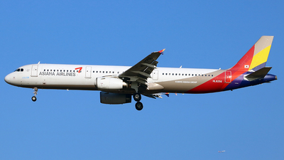 HL8256 - Airbus A321-231 - Asiana Airlines