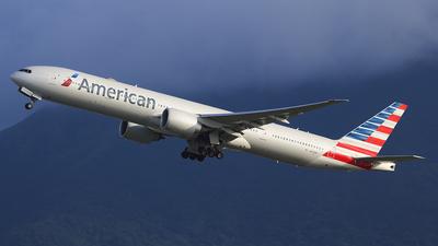 N717AN - Boeing 777-323ER - American Airlines