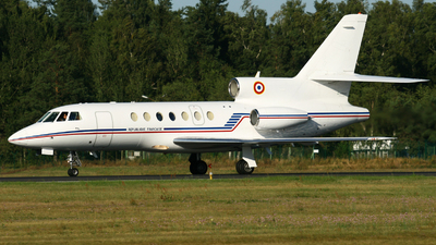 4 - Dassault Falcon 900 - France - Air Force