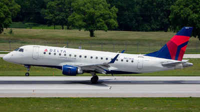 N873RW - Embraer 170-100SE - Delta Connection (Republic Airlines)