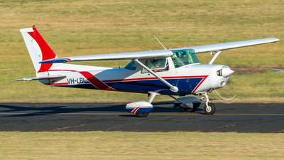 VH-LBI - Cessna 152 - Private