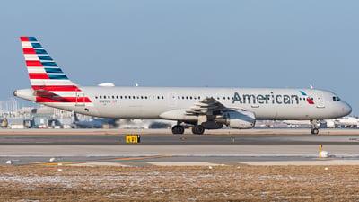 N167US - Airbus A321-211 - American Airlines