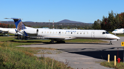 A picture of N12136 - Embraer ERJ145XR - United Airlines - © Guy Langlois